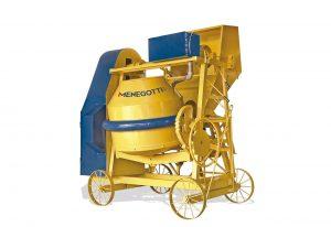 Betoneira Profissional Mecânica com Carregador 600 litros